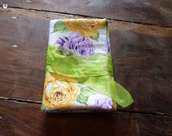 Pretty pouch for jewelry yellow purple flowers, green, to carry your jewelry