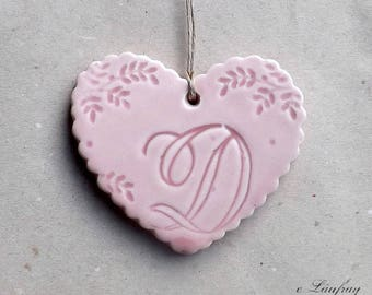 Glazed ceramic hanging, Scalloped edges, heart pink letter ' from