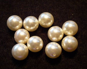 round white pearls 10 mm in diameter set of 10
