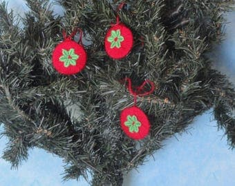 Set of 3 Christmas tree ornament red and green flower