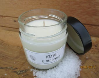 Rocksalt & driftwood scented soy candle