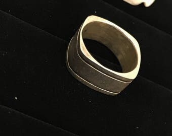 Used vintage square 925 silver band