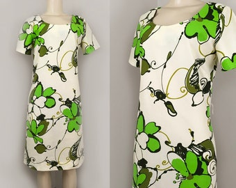Aloha Green | Sydney Designs of Honolulu - Vintage 1960s 1970s  - Size M L -  Mod Floral Short Sleeve Hawaiian Sheath Shift Dress