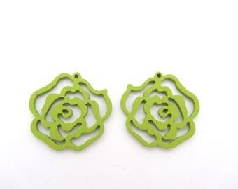 A fancy flower green wooden bead