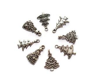 Christmas trees silver x 8