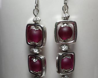 Red square duo earrings raspberry