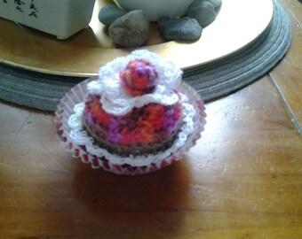 hand made crochet cupcake