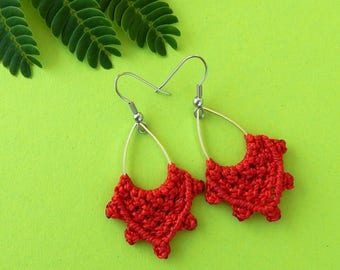Micro macrame drop earrings silver Red