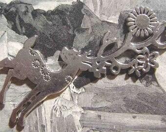 Silver deer pendant bead