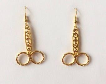 Retro 1980's Kitsch Gold Scissors Dangle Drop Statement Earrings
