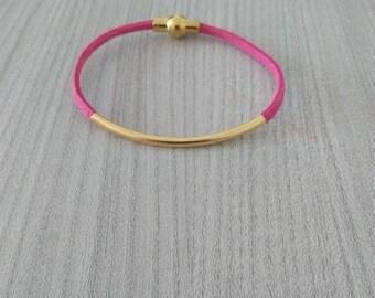 Fuchsia suede bracelet