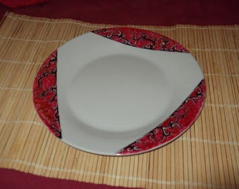 "painted in red ""shadow"" porcelain plate"