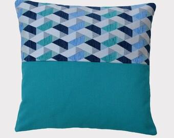 Blue decorative pillow, geometric 40 x 40