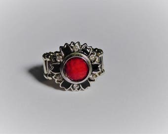 Red Black and Silver flower and chunk ring