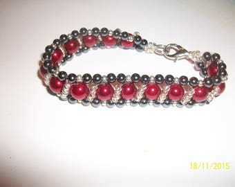 Glass Bead Bracelet red black and silver