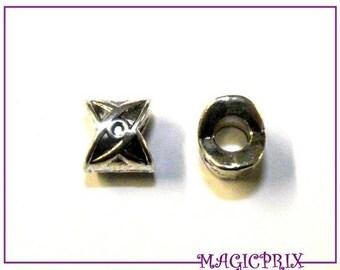 Set of 4 pearls 3D Tibetan silver Metal 10 X 10 mm 574