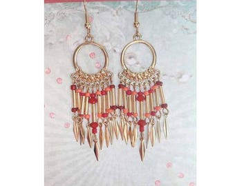A pretty pair of earring gold beads and tubes