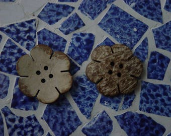 2 buttons wood 4.5 cm