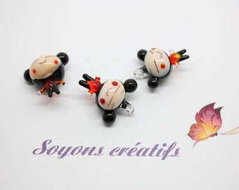 2 doll Chinese glass 22mm pendant Charms