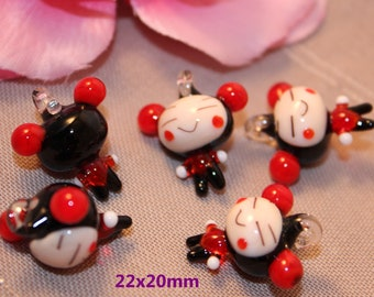 Charm pendant doll Chinese glass 22mm