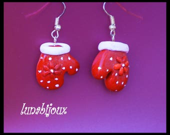 polymer clay earring mitten snow Christmas jewelry gift