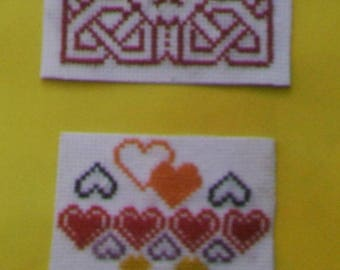 Set of 2 magnets - hand embroidery