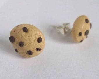 Stud Earrings in polymer clay chocolate chip cookies
