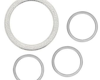 Assortment of circles in silver - 1.5 and 3.7 cm - 4 pcs - Rayher.