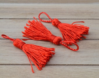 3 bright red tassels Christmas 5.5 cm