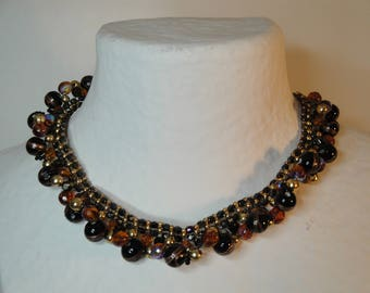 Beautiful evening necklace juponnant