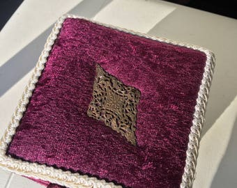 hand made E'tui made with burgandy velvet and white lace