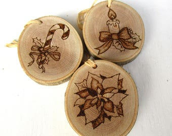 Christmas decorations pirografate handmade in wood from Trentino, Italy. Gift for Christmas