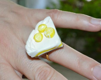Ring adjustable lemon meringue pie