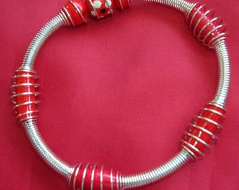 Spiral silver Metal, wooden red beads bracelets
