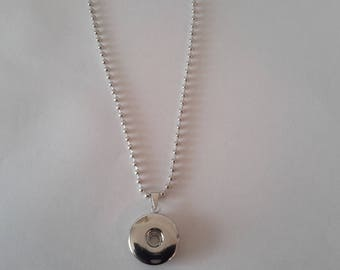 support chain has beads pendant with bail for 18mm snap