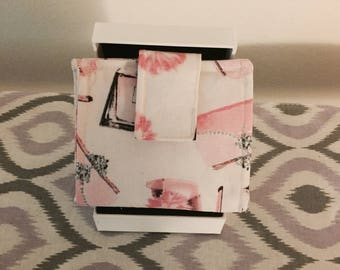 Pretty in pink bi-fold wallet