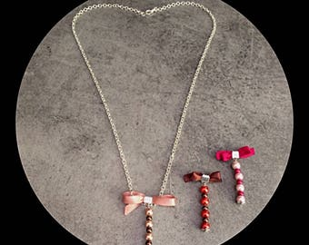 Necklace interchangeable beads and satin bows