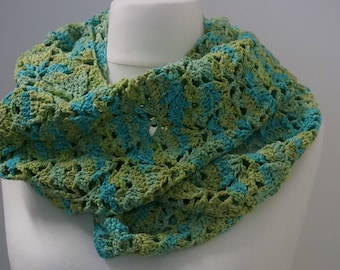 Sommerloop crochet gift handmade clothing