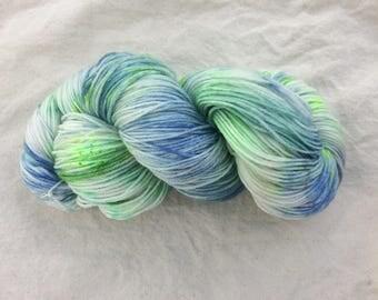Hand dyed yarn/fingering weight/ superwash merino /20% bamboo /100g/knitting/crochet/4ply/blue/green/sock yarn/400m/yarn