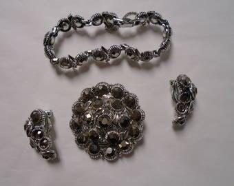 Vintage Weiss 3 piece set - brooch, earrings, bracelet - 1970's