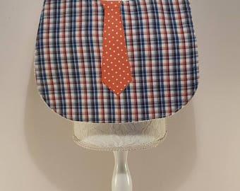 Boy tie bib
