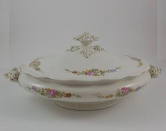 Johnson Brothers covered casserole dish