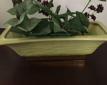 Mid-Century Chartreuse green Planter, Stanfordware ceramic flower vase, gold base light green planter, mid-century green planter