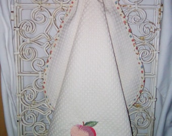 "Tea towel embroidered ""peach"" to hang handmade"