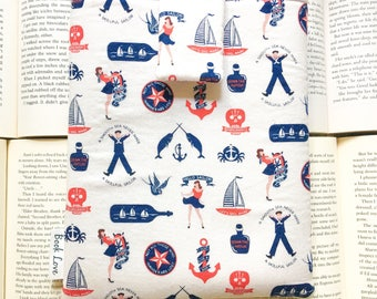 Pin up Sailor Book Love Sleeve