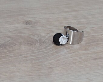 Black sequin silver ring