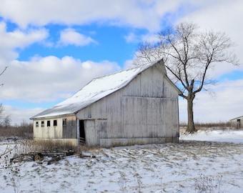 Winter Barn. Ohio Barn. Nature Photography. Rustic Snowy Barn.