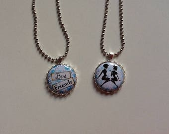 Two silver-plated best friends necklaces