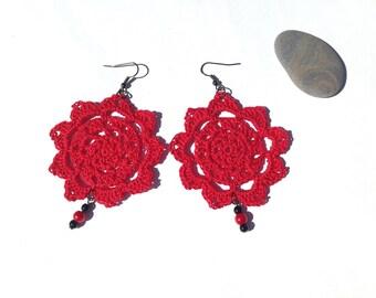 Red earrings crochet