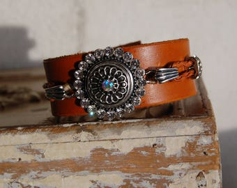 Leather Cuff Bracelet Handcrafted with snap